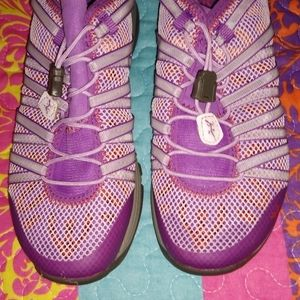 Chaco pull on tennis or running shoes
